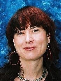 Dr Annette Hübschle-Finch