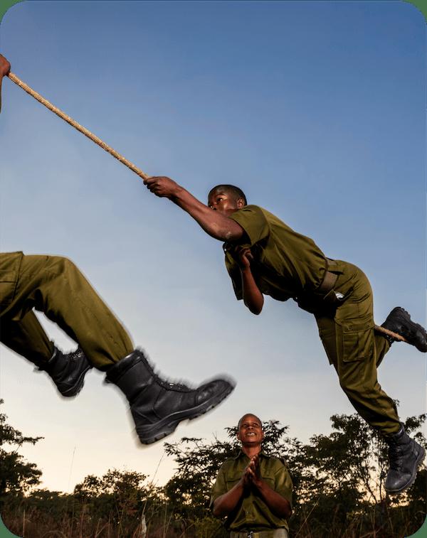 Akashinga Rangers Rope Training