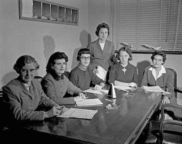 ‍ Image credit: NASA. From L-R: Lucille Coltrane, Jean Clark Keating, Katherine Collie Speegle, Doris 'Dot' Lee, Ruth Whitman, Emily Stephens Mueller. 1959.