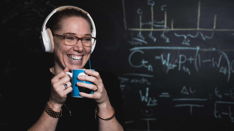 Dr Ruth Luscombe Grandshake STEM