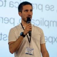 Adrián López Villaverde - Profesor HACK A BOSS