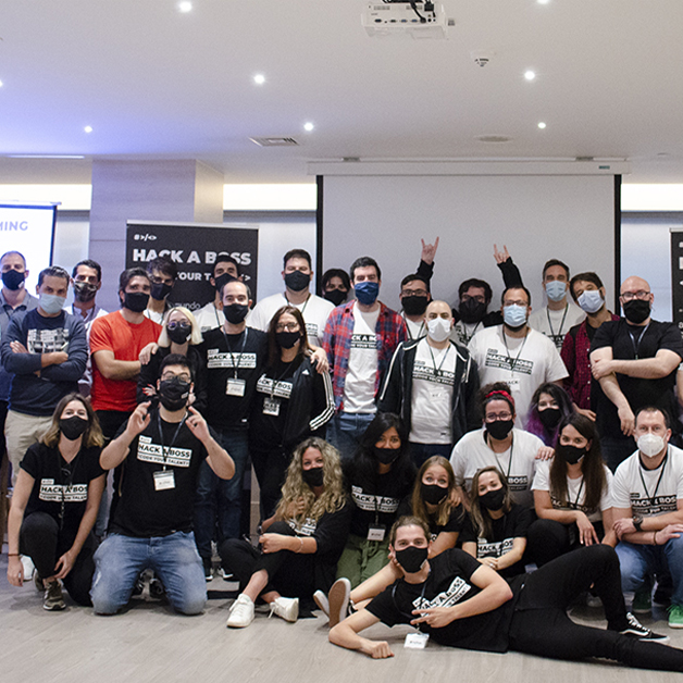 Foto de grupo del HACKING DAY - HACK A BOSS
