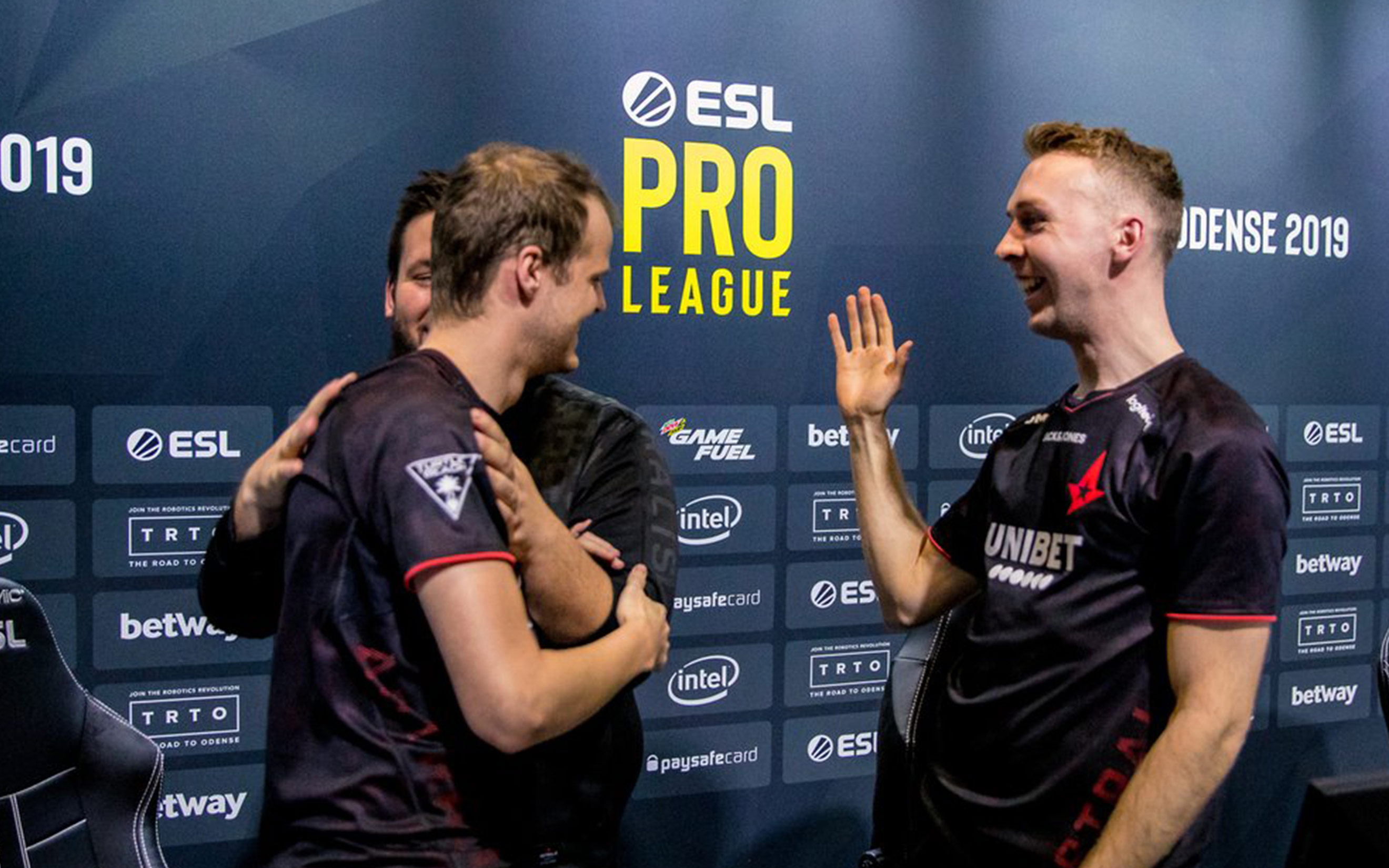 Astralis Demolishes Complexity In Pro League