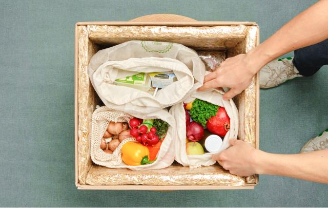 Receive a box full of fresh organic ingredients