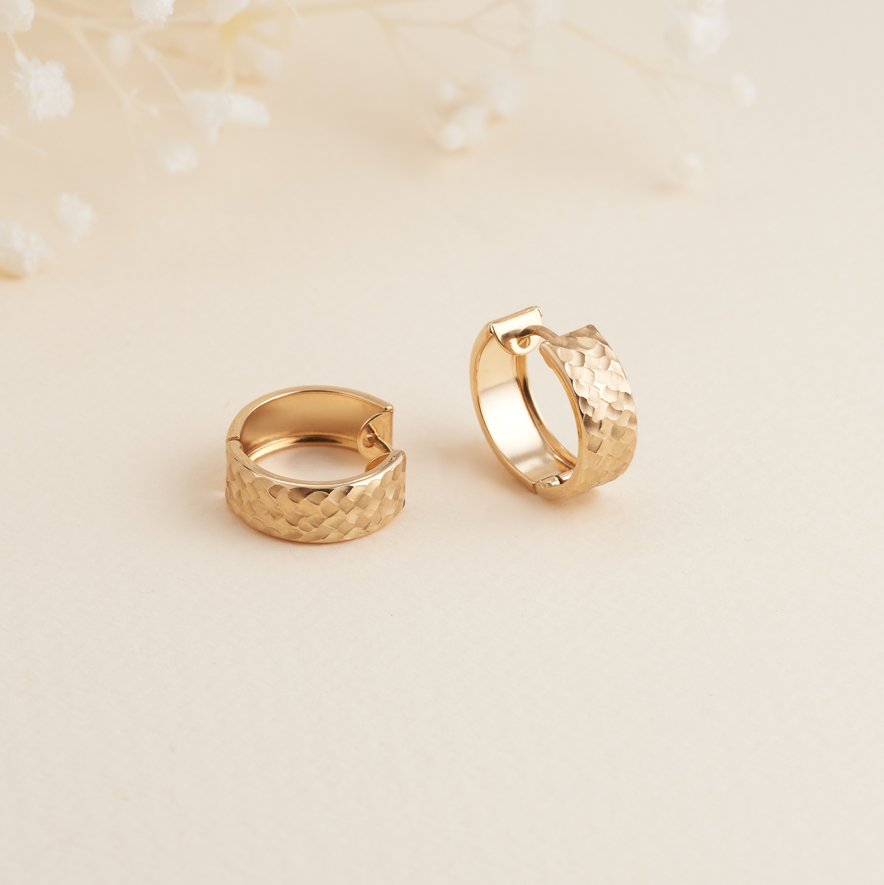 9K Yellow Gold Patterned Round Huggie Earrings