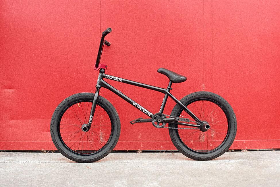 Nico Van Loon Bike Check