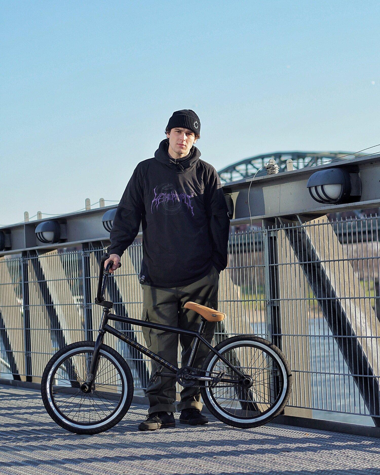 Tom Weikert Bike Check + Video