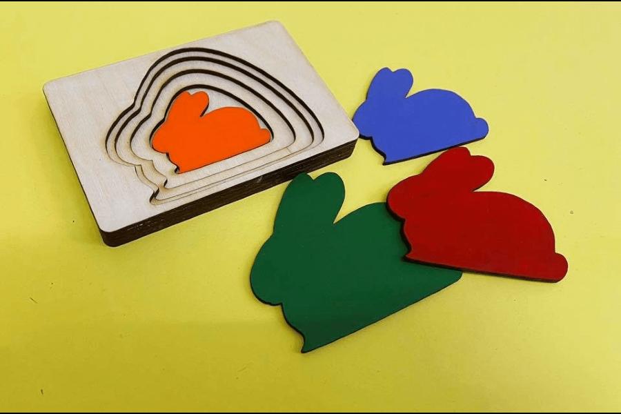Zaķīši-attīstoša rotaļlieta / BusyHome