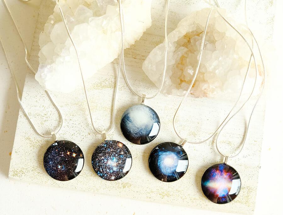 "Mazās galaktikas rotu kolekcija ""Kosmoss""."