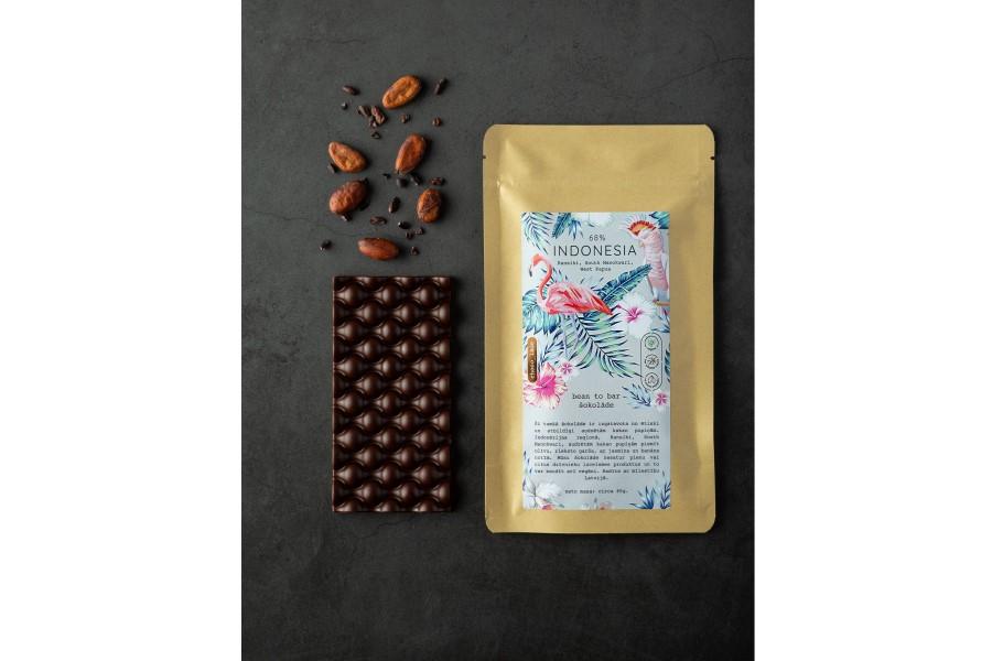 Indonesia 68% bean-to-bar šokolāde, tumšā šokolāde, roku darbs, no kakao pupiņas līdz tāfelītei radīts, ražots, radīts, izgatavots Latvijā