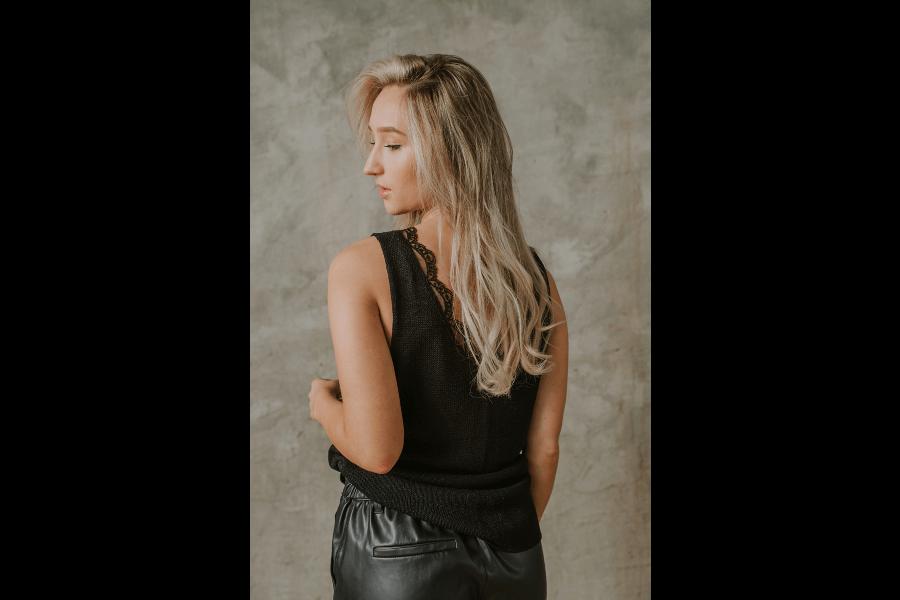 Zīda un viskozes tops ar mežģīni | Renate Rose