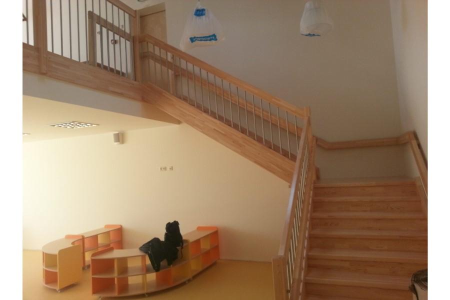 Mēbeļu izgatavošana pēc individuāla pasūtījuma. Koka kāpņu projektēšana, izgatavošana un uzstādīšana.