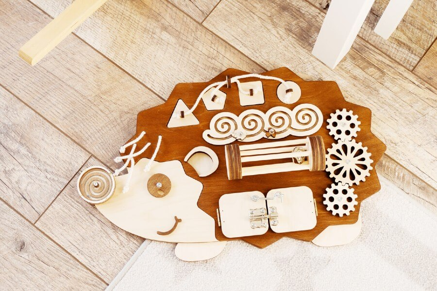 Busy Board - Ezis / BusyKID
