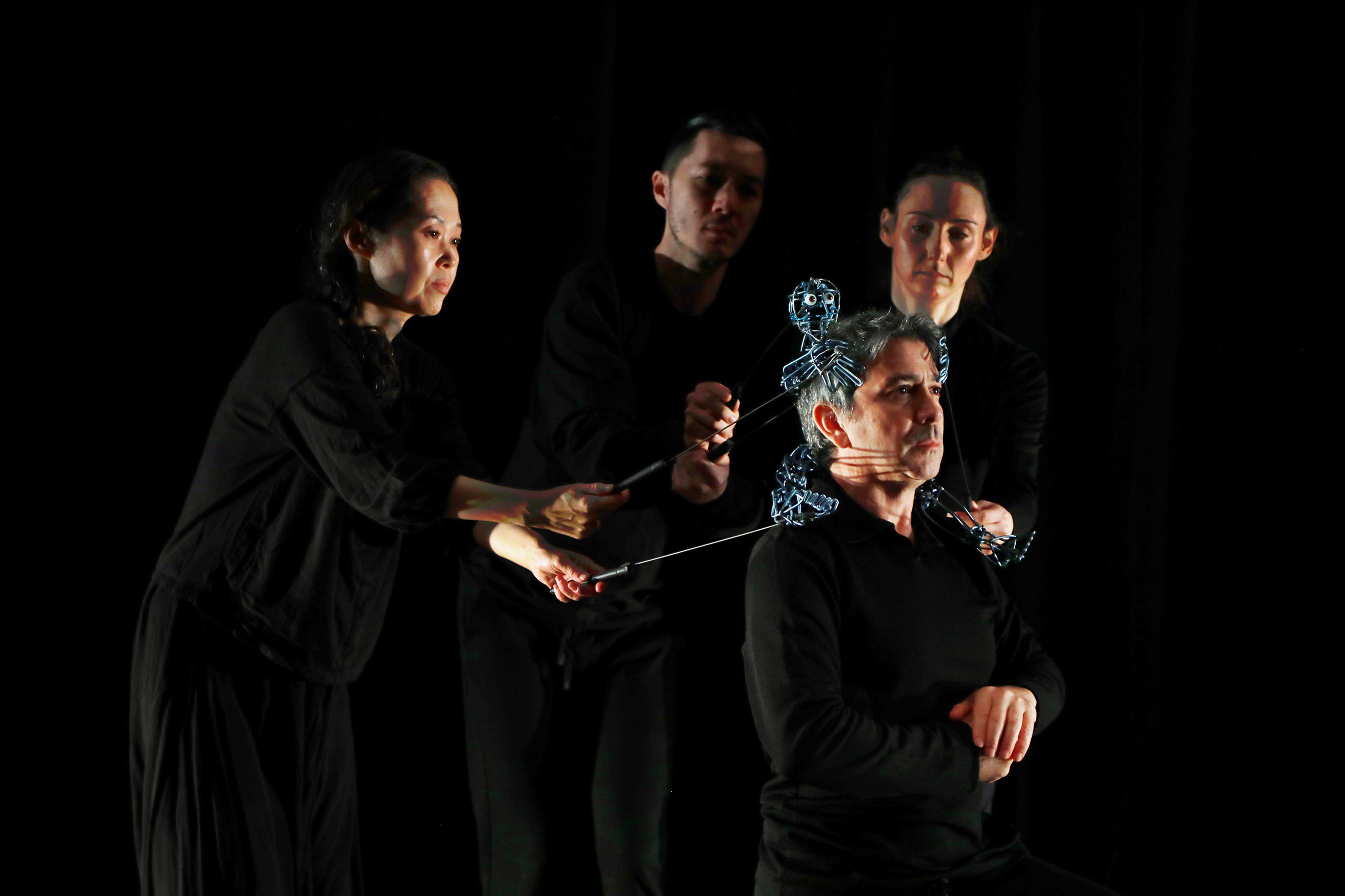 A profile picture of Loco7 Dance Puppet Theatre Company