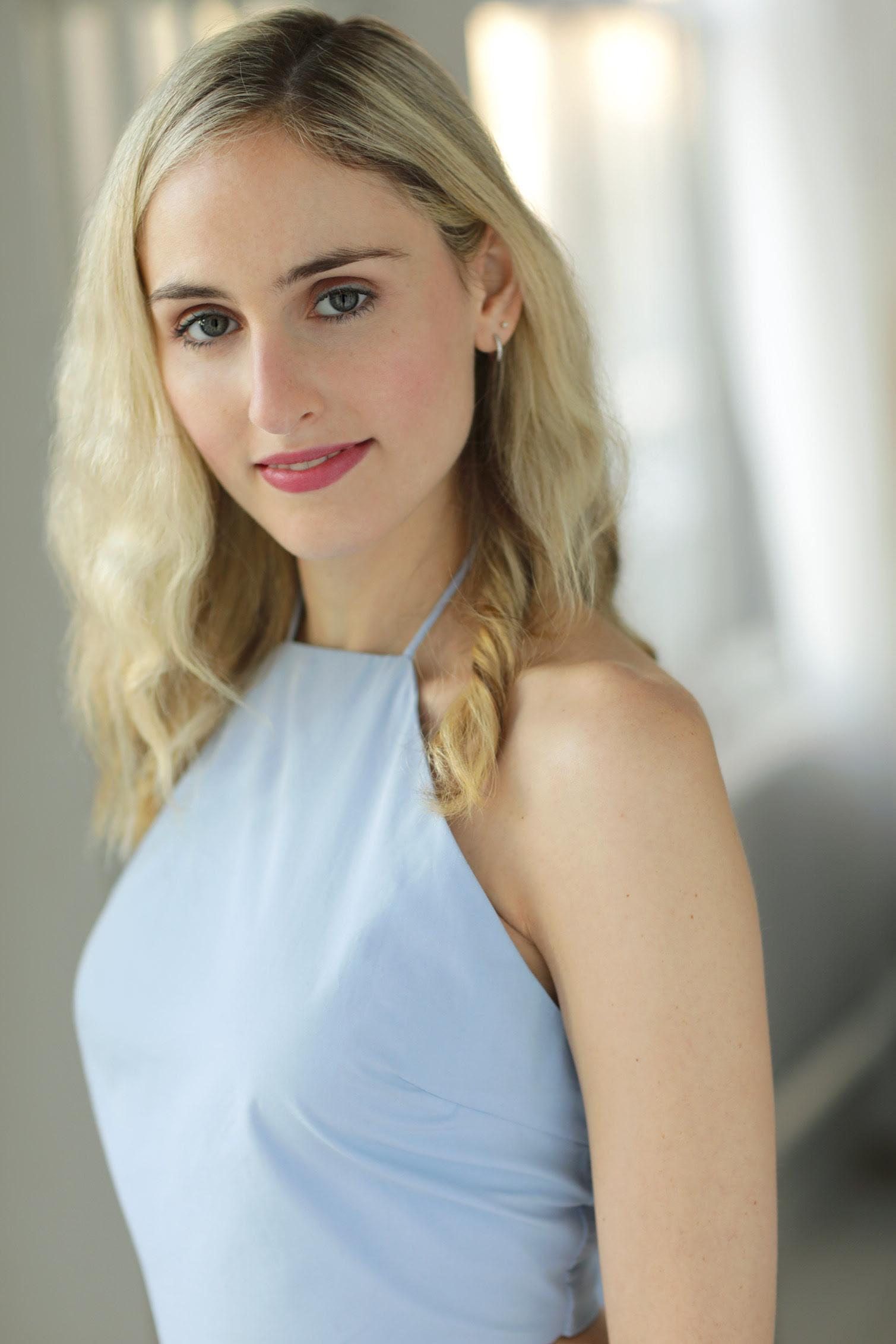 Headshot of Caroline Banks
