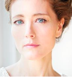 headshot of Cloe Xhauflaire