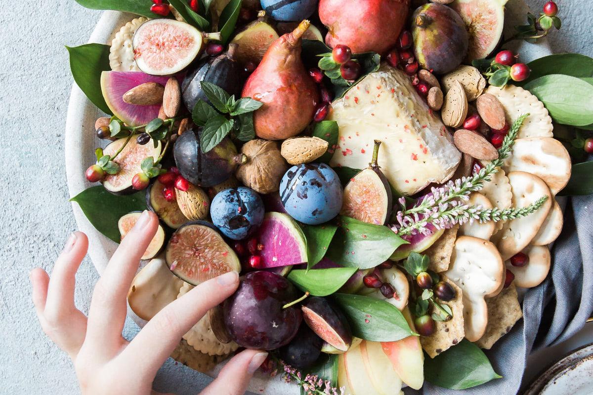 13 Vegan Snacks For The Office