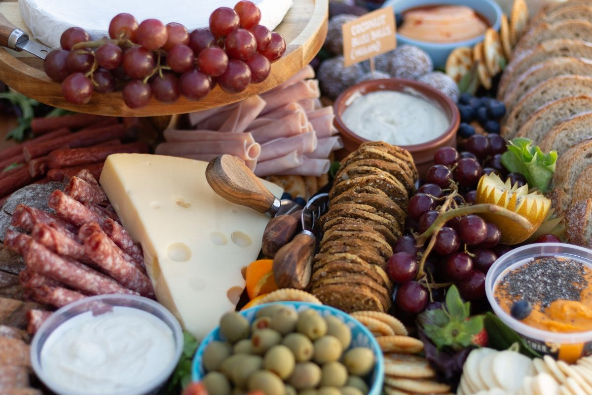 How To Make Corporate Catering Work For You