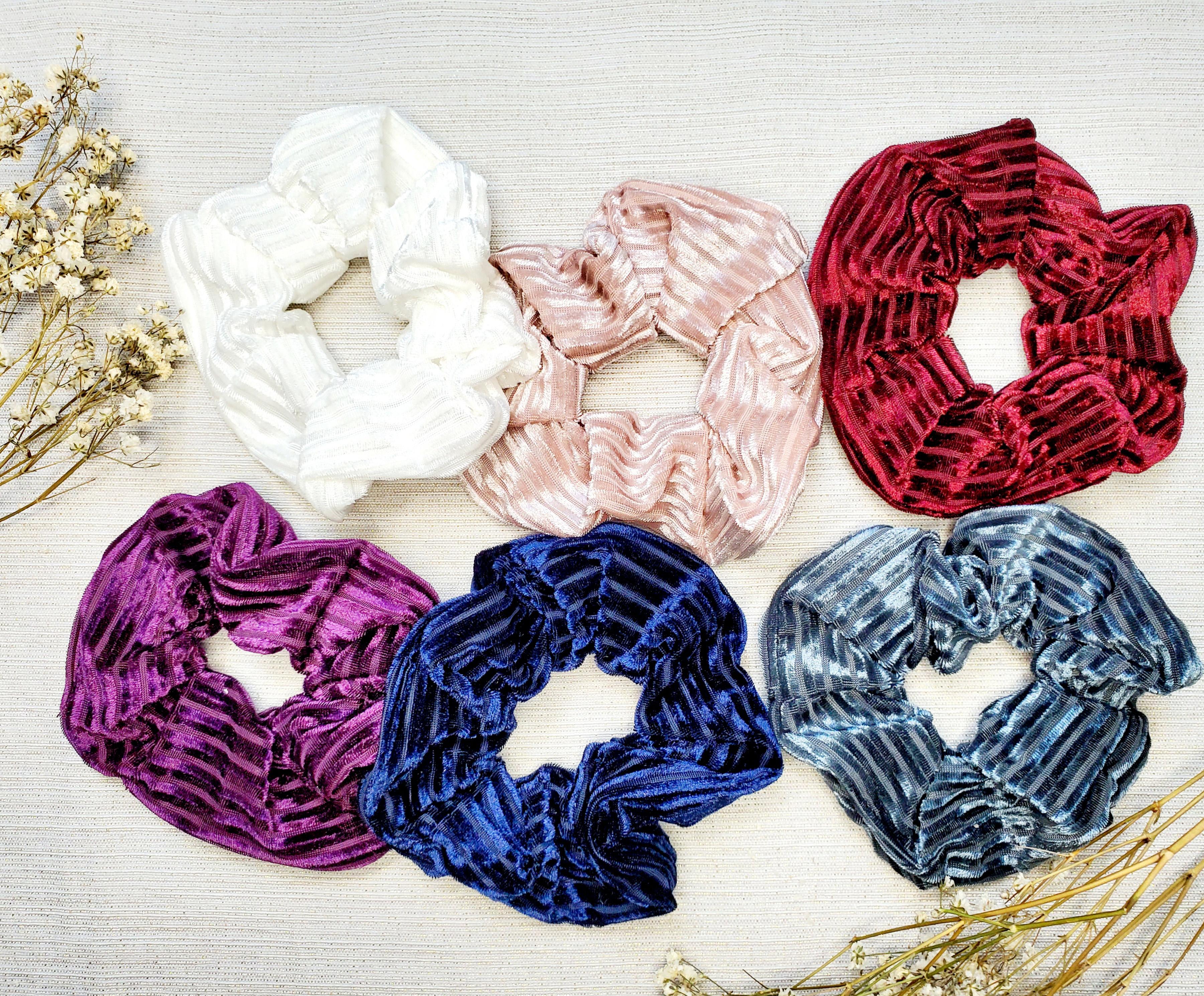 6 ribbed velvet scrunchies