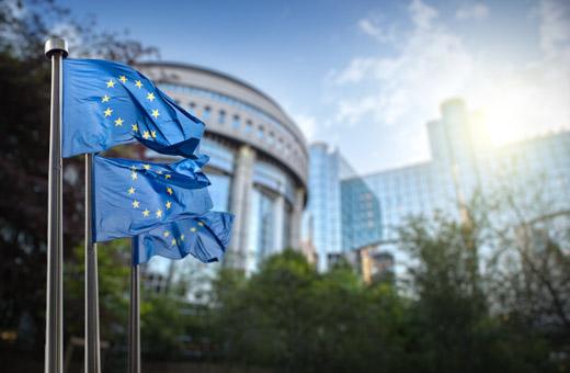 Vaarallista peliä kilpailukyvyllä – Toivottavasti parlamentti estää EU:n innovaatiobudjetin leikkaamisen