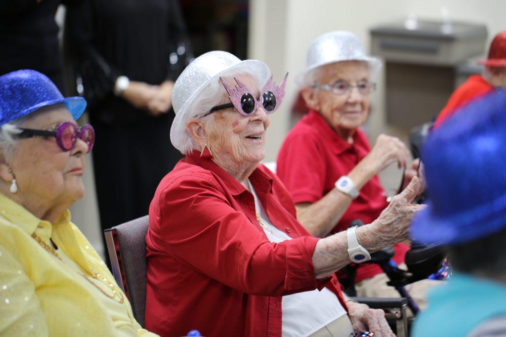 live streaming technology, activities for seniors, safe socialization for seniors, online classes for seniors