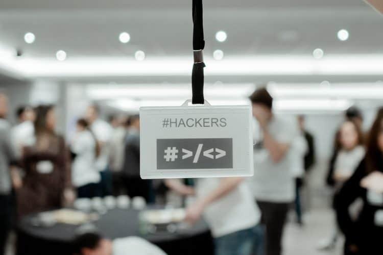 Qué es necesario para ser HACKERS | Que se busca en los HACKERS de HACK A BOSS el bootcamp de programación | Apoyo a los HACKERS para aprender programación en HACK A BOSS