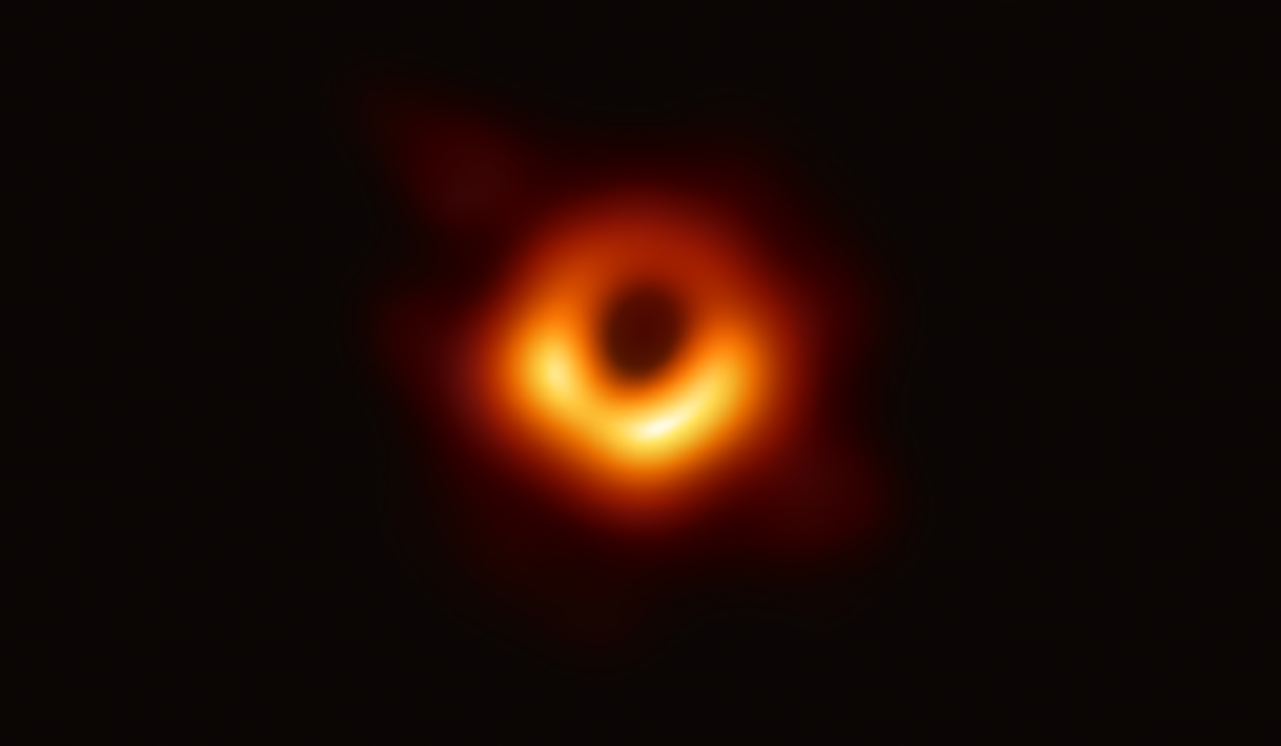 First image of a Black Hole - 04/10/2019
