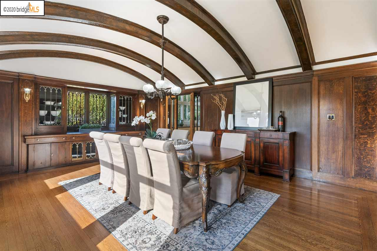 Ghirardelli Mansion dining room