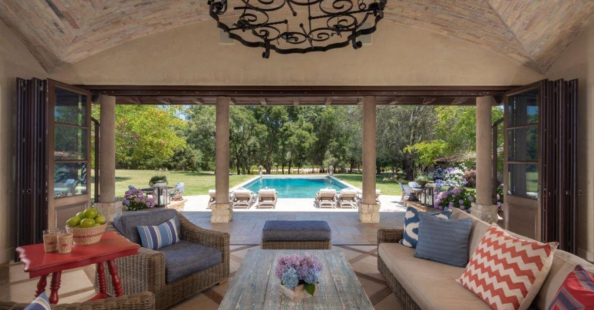 $50 Million California Home frog creek pool house