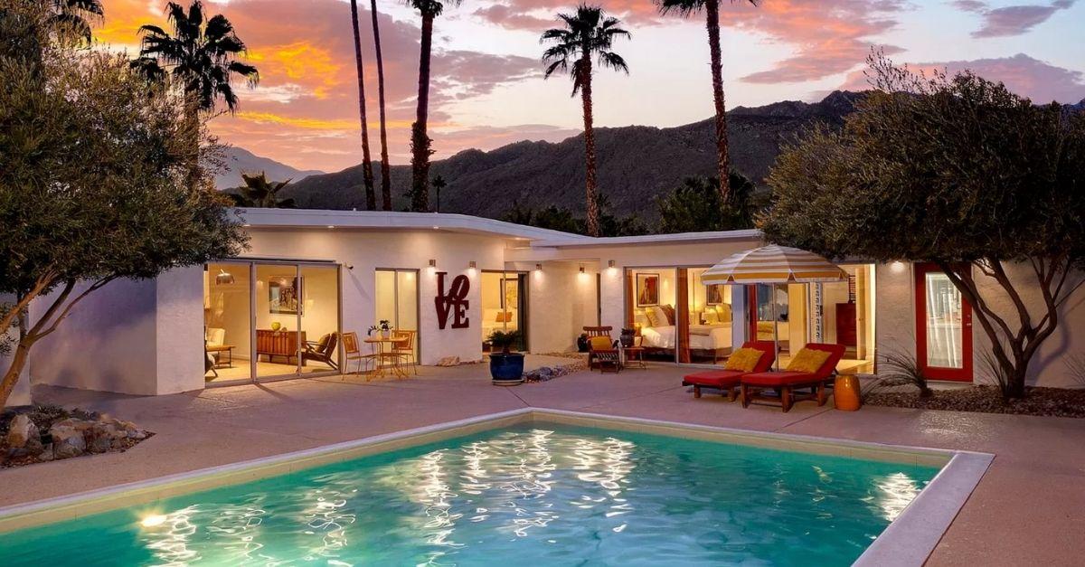 1110 E Via Altamira in Palm Springs, CA exterior mid century modern