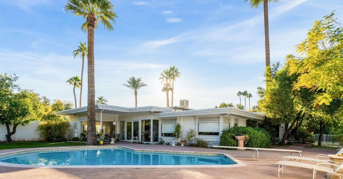 2330 E Colter Street in Phoenix, AZ