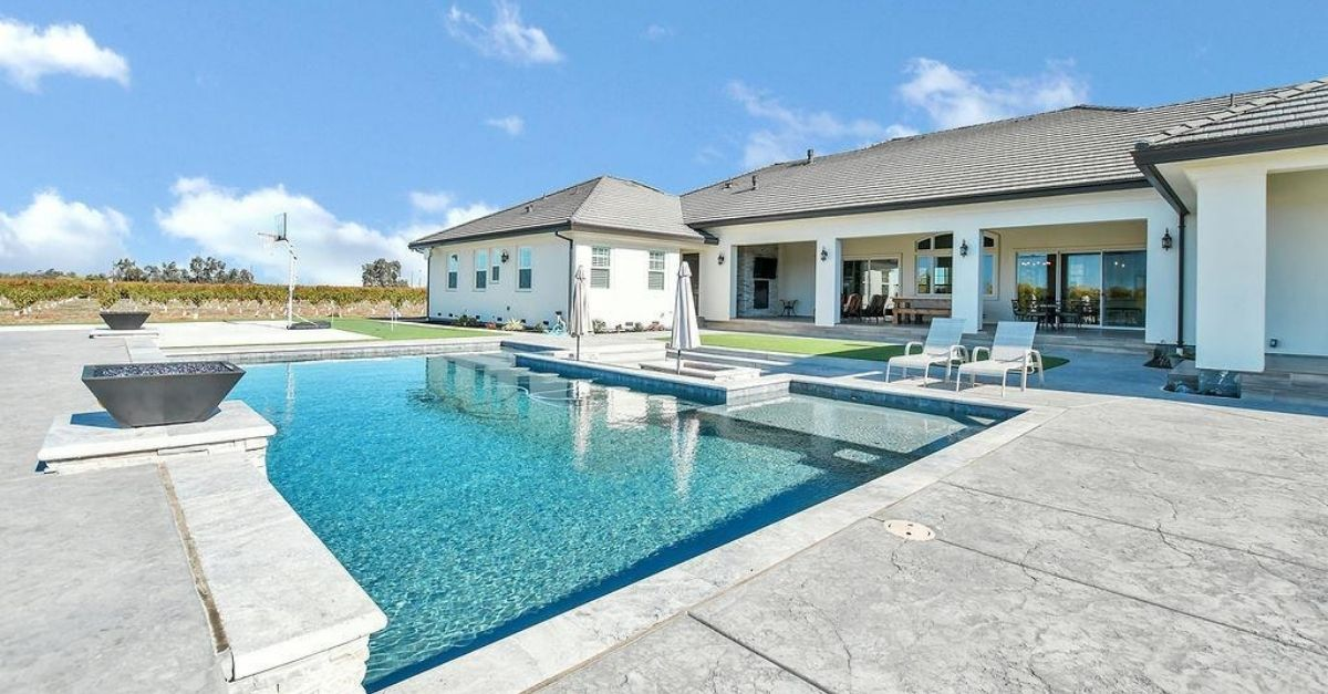 1751 Orchard Lane in Brentwood, California pool