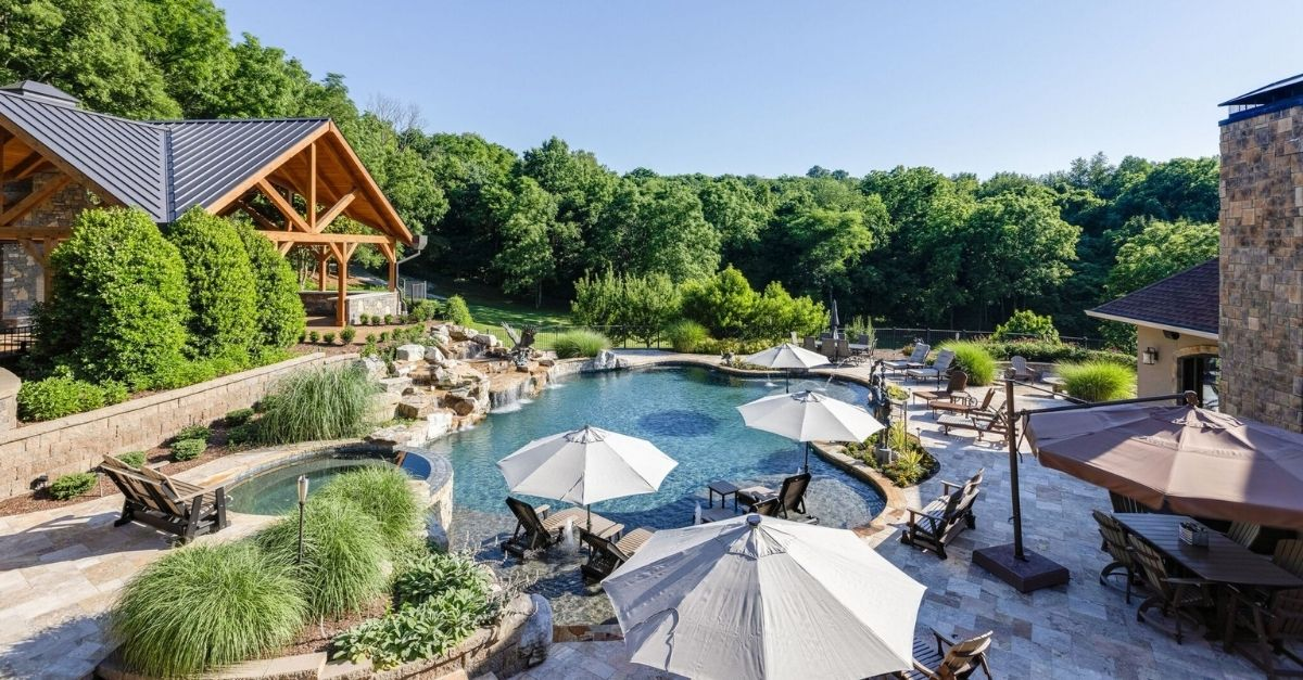 Sparkling blue pool at luxury mansion in Tennessee