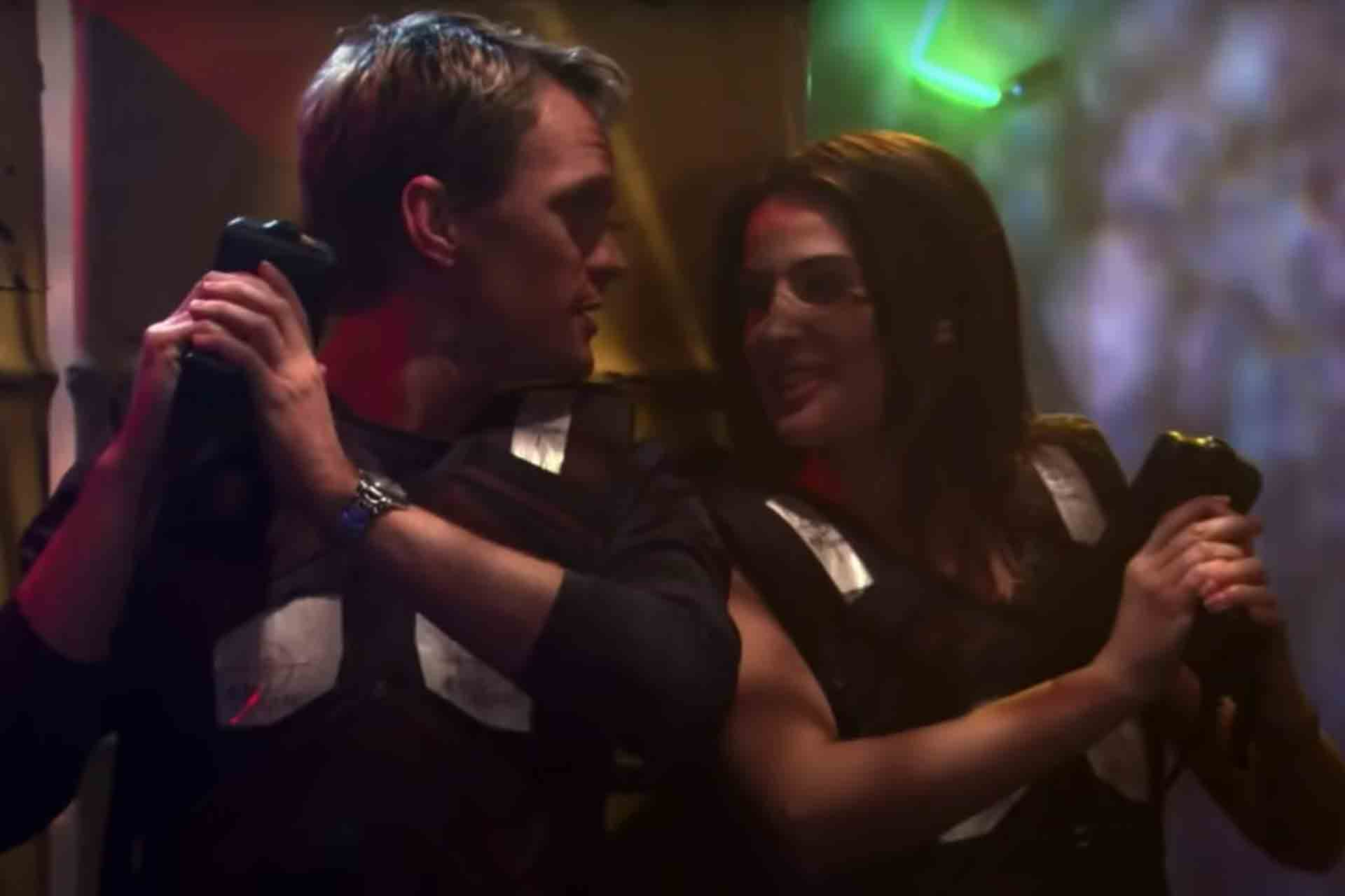 Barney and Robin are a cool couple in How I Met Your Mother.