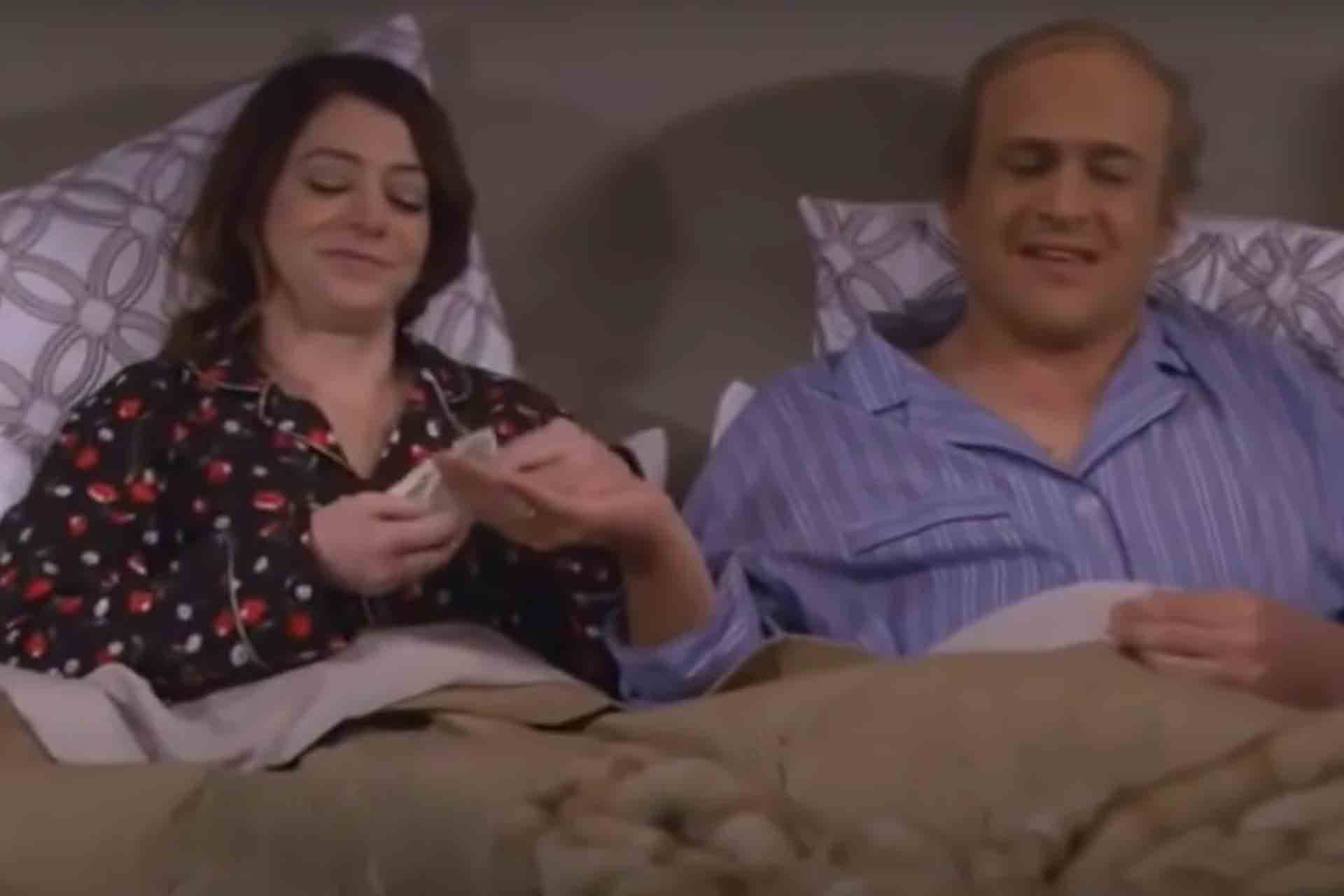Marshal bets Lily that Ted and Robin would end up together.