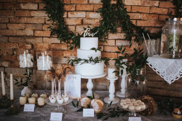 """Hochzeitstorten & mehr """"Kuchenwunder"""""""