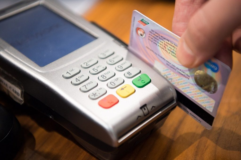 公司 Visa Debit 金融卡大車拼