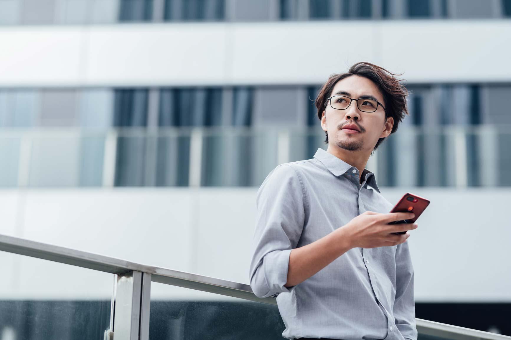8 ways smart office technologies boost long term business success?