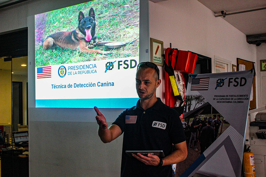 a fsd employee at an eore session