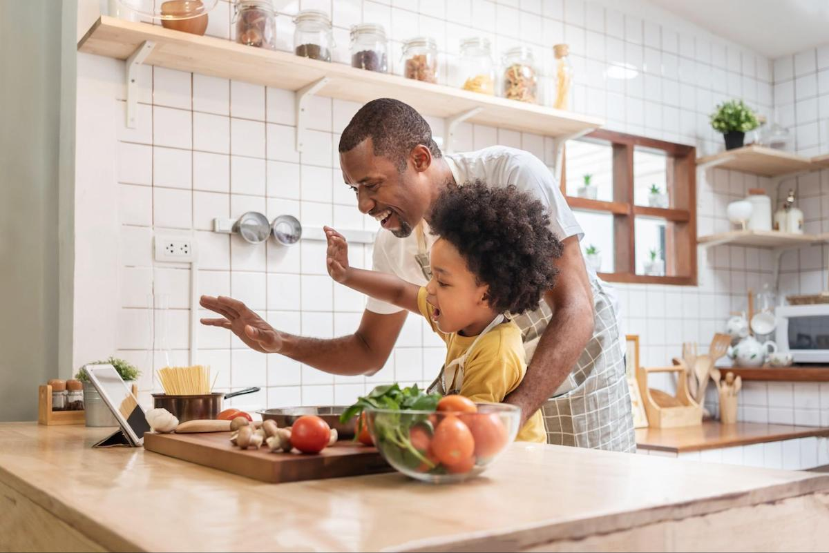 Metabolic confusion: dad and child cooking