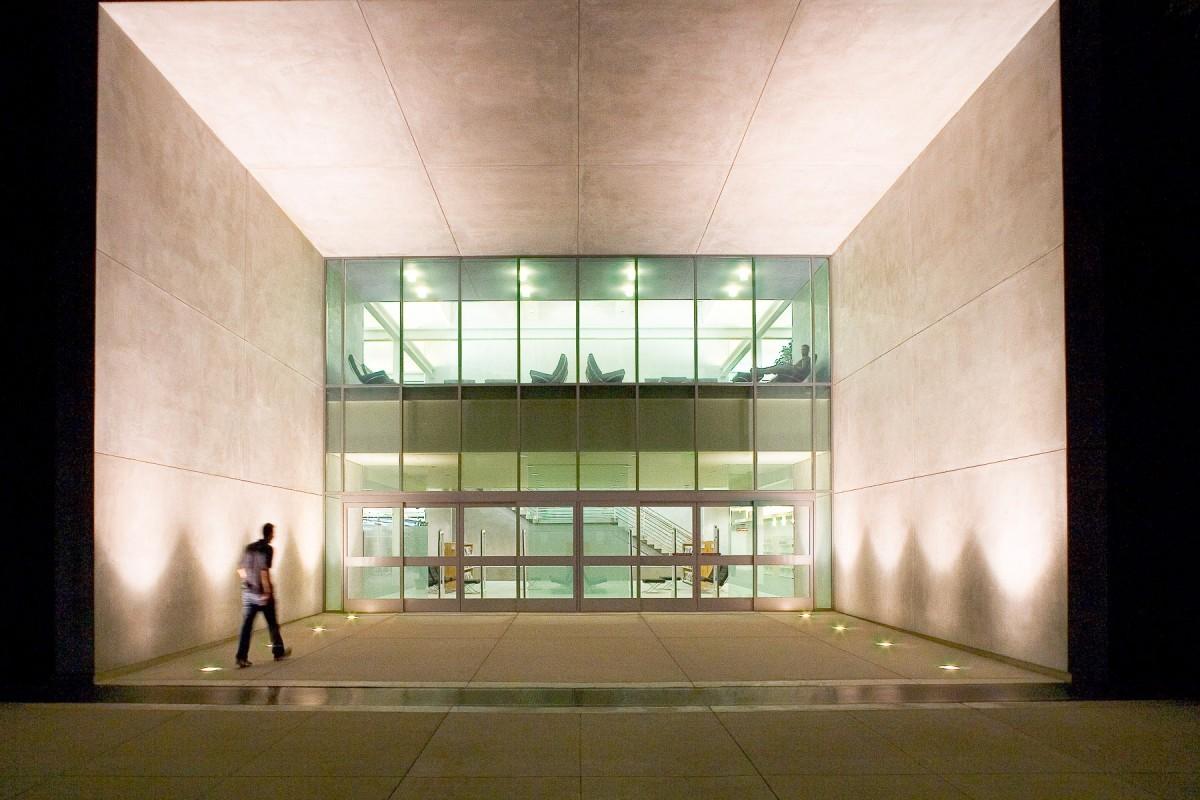 Santiago Canyon College LRC