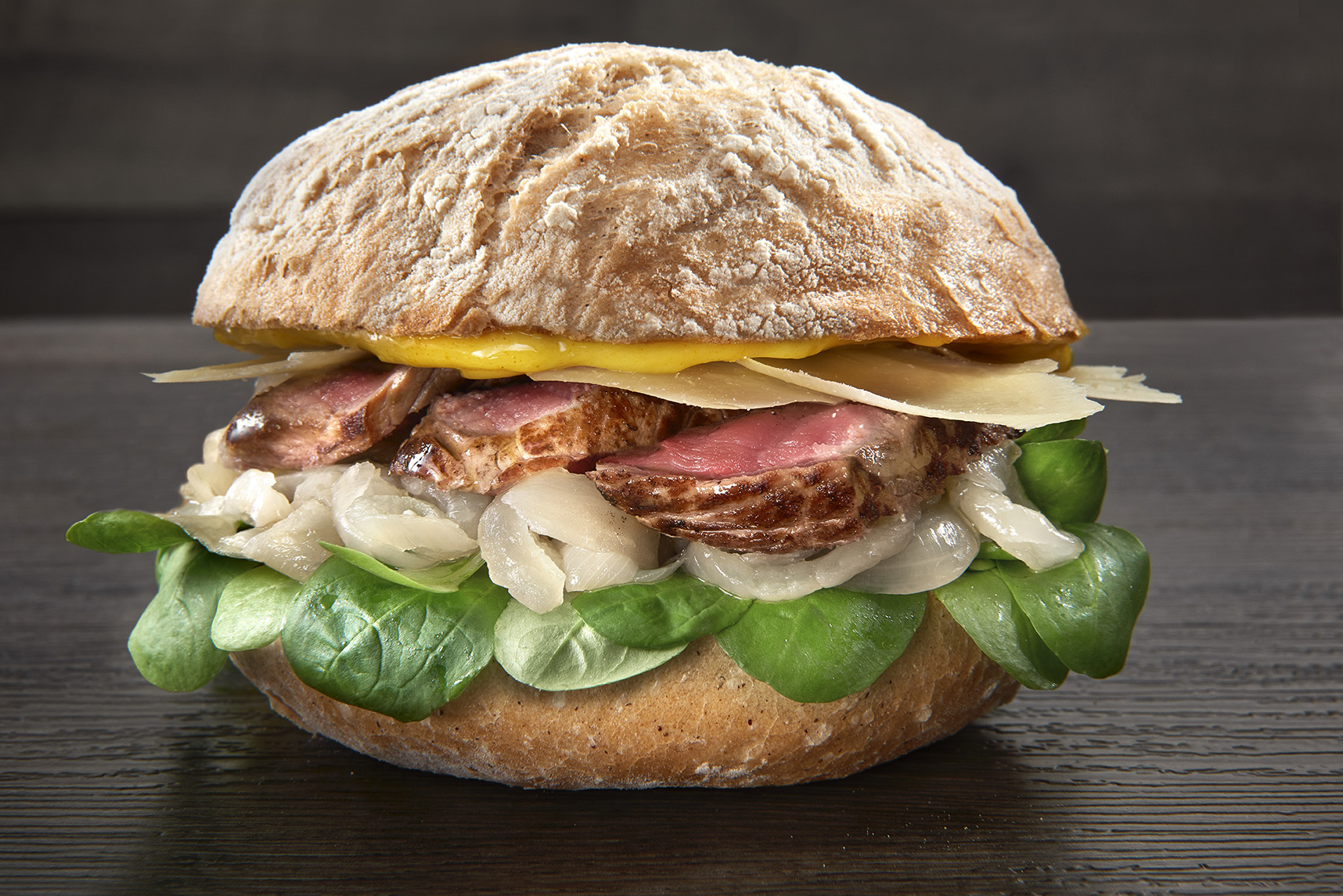 "The Italian art of the ""right"" sandwich arrives in Geneva"