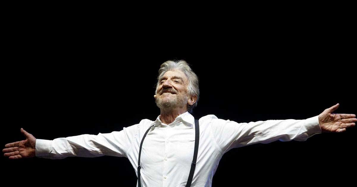 Ciao Gigi! Heute ging in Rom eine besondere Hommage über die Bühne, nämlich für den verstorbenen grossen Maestro Gigi Proietti