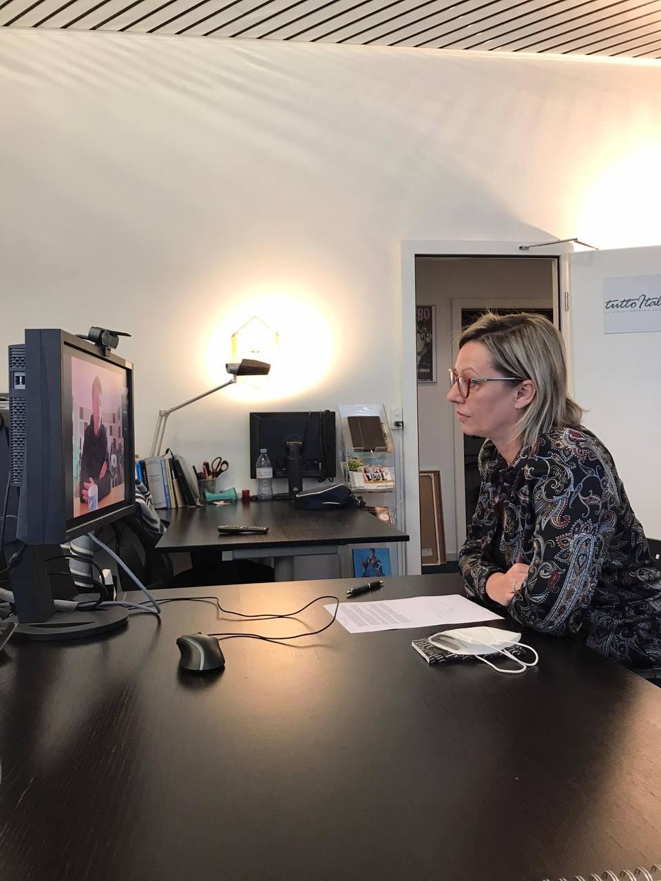 Gloria Bressan intervista con Benji B3N per il suo nuovo album CALIFORNIA