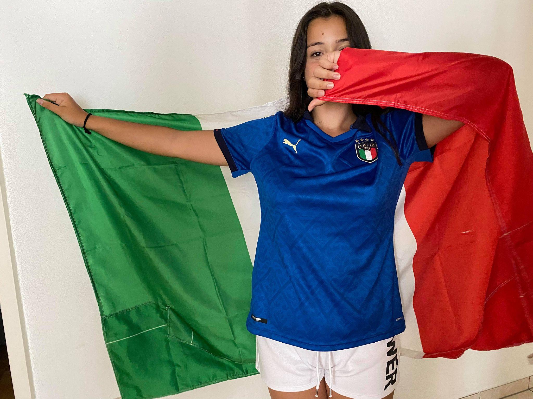 Giulia vince la nuova maglia della Nazionale, altre maglie in palio
