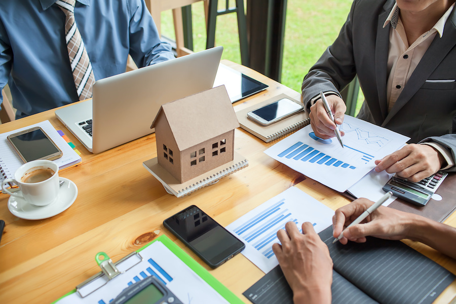 Calculating the value of your home.