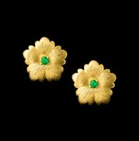 emerald earrings flower