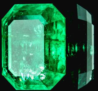 emerald gemstone birthstone
