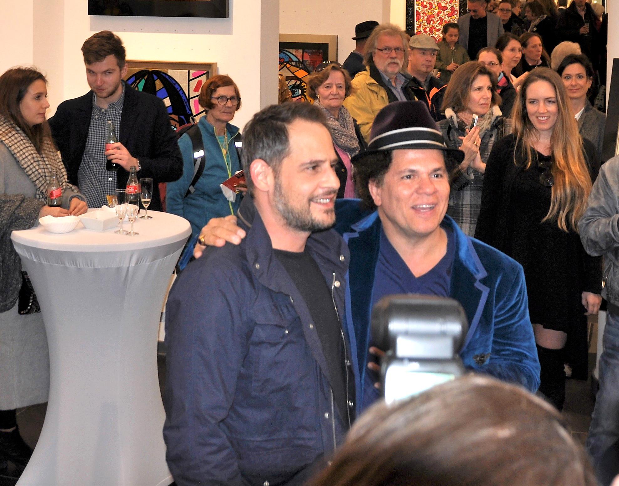 Romero Britto mit Moritz Bleibtreu in Hamburg