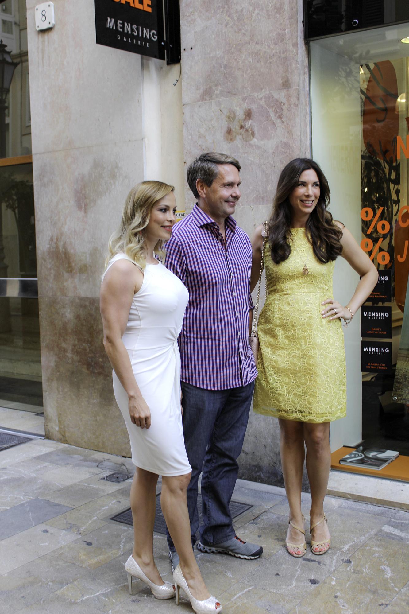 Harry Mensing mit Regina Halmich und Alexandra Polzin in Palma